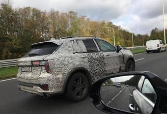 Un SUV chinois sur l'autoroute à Nivelles #1