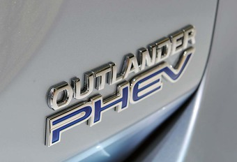 Mitsubishi Outlander PHEV: groter elektrisch rijbereik? #1