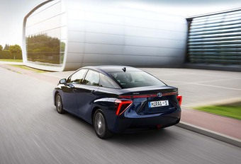 Toyota : l'hydrogène accessible en 2025 #1