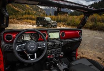 Jeep dévoile l'intérieur du Wrangler #1