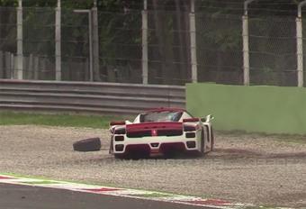 Il crashe sa Ferrari FXX #1