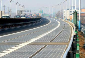 La Chine ouvre une autoroute solaire #1