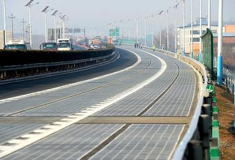 China opent snelweg op zonne-energie #1