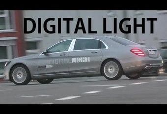 VIDÉO - Mercedes teste ses phares intelligents sur la route #1