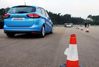 Gratis rijvaardigheidscursus van Ford: Driving Skills for Life 2018 #1