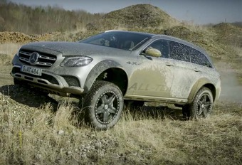 Mercedes Classe E All Terrain « 2 » : Étrange objet #1