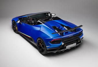 De wind door je haren met de Lamborghini Huracán Performante Spyder #1