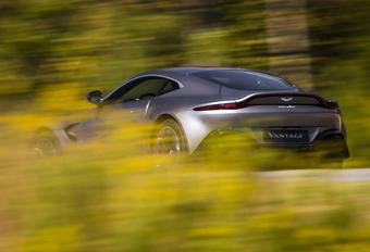 Krijgt Aston Martin Vantage de zes-in-lijn van Mercedes? #1