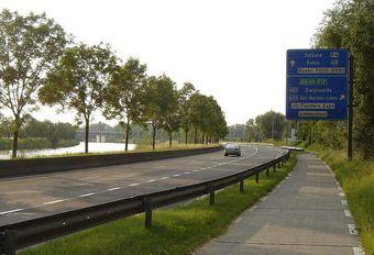 Vlaamse gewestwegen steeds meer in verval #1