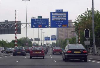 Nederland: investeringen nodig om files te vermijden #1
