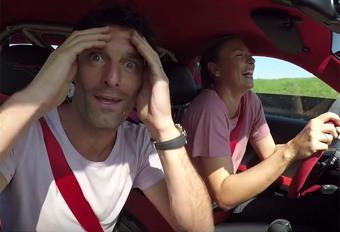 Vidéo – Une 911 GT2 RS confiée à Sharapova et Webber #1