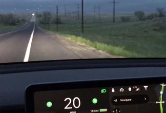Tesla Model 3 : 830 km sur une charge #1