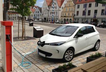 Scandinavische autoverkopers niet overtuigd van elektrische auto's #1