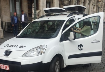 Bruxelles stationnement : deux scan-cars  #1
