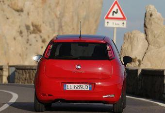 Fiat Punto bij het huisvuil, 500 en Panda vernieuwd #1