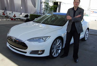 Tesla beschuldigt werknemer van sabotage #1