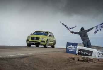 Bentley Bentayga snelste SUV ooit op Pikes Peak #1