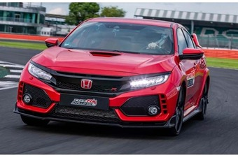 VIDEO – Honda Civic Type-R: nieuw record op Silverstone #1