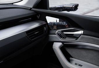 Ontdek de digitale zijspiegels van de Audi E-Tron #1