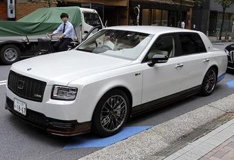 Toyota-baas rijdt GRMN-limousine #1