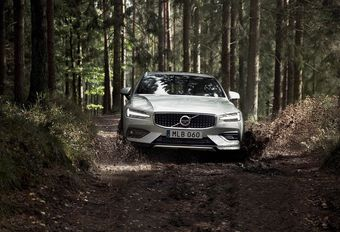 Volvo V60 Cross Country : le 3e larron #1
