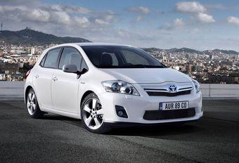 Toyota roept hybride Auris en Prius terug #1