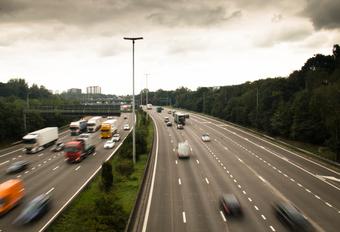 Bijna 6 miljoen auto's op de weg #1