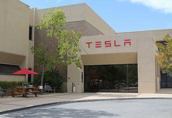 Coup de fouet sur l'action Tesla à la Nasdaq #1