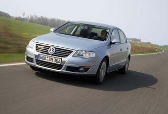Volkswagen Passat BlueMotion #1