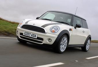 Mini 104 g CO2/km #1