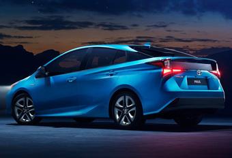 Toyota Prius Hybrid krijgt facelift en vierwielaandrijving #1