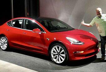 Tesla Model 3 : 1000 exemplaires par jour #1