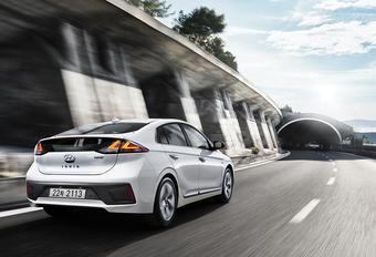 Hyundai Ioniq hybride nu stoerder en slimmer #1