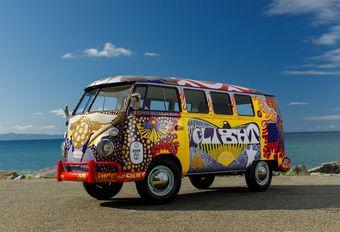 Volkswagen restaureert een T2 zoals op Woodstock #1
