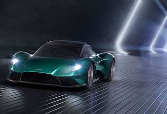 Aston Martin Vanquish Vision Concept: V6 en middenmotor #1