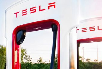 Tesla: de Supercharger V3 van 1600 km/u #1