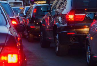 Ondanks files blijft auto sneller dan het openbaar vervoer #1