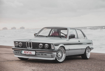 Munich Icons R3born is Belgische recreatie BMW 323i (E21) #1