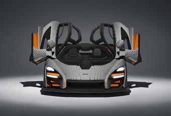 Deze McLaren Senna is 500 kilo zwaarder en... van Lego #1