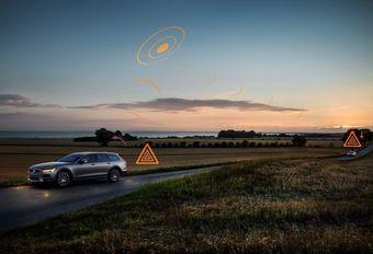 Volvo's gaan elkaar waarschuwen voor gevaar #1
