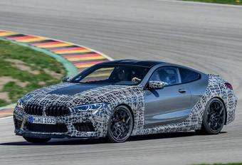 BMW M8 : freinage à force variable #1