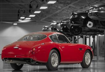 Aston Martin DB4 GT Zagato Continuation is bloedrode beauty #1