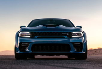 Dodge Charger SRT Hellcat Widebody lacht met de M5 Competition #1