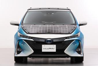 Deze Toyota Prius PHV haalt stroom uit zonne-energie #1