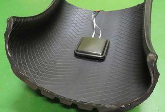 Des pneus chargeurs de batterie #1