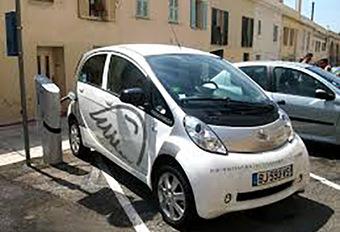 Voitures électriques : des assurances bientôt plus chères ? #1