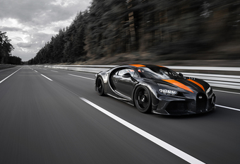 Bugatti Chiron vestigt wereldrecord met 490,484 km/u! #1