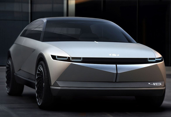 Hyundai 45 EV Concept is moderne Pony #1