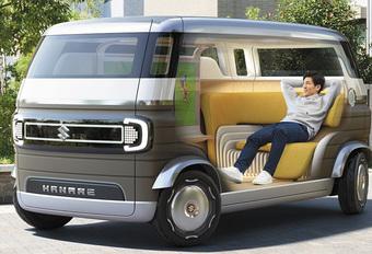 Suzuki Hanare is (zelf)rijdend vakantiehuisje #1