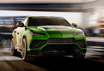 Het is geen grap, Lamborghini gaat racen met de Urus #1